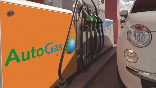 Unos 8.000 conductores apostaron por el gas para sus coches en 2017