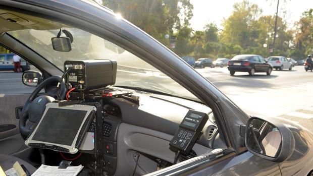 Ford patenta un coche autónomo capaz de multar
