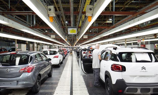 El sector no firma el Acuerdo Estratégico de Automoción y pone tres condiciones