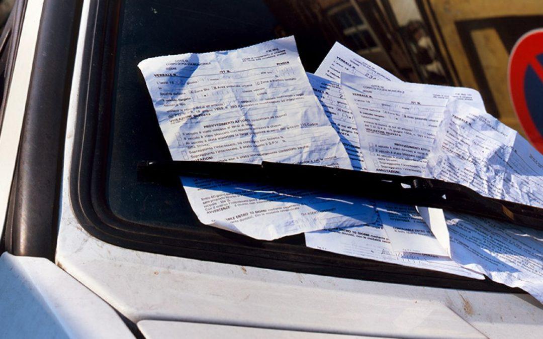 ¿Conoces la Ley de Tráfico? Las 25 sanciones que más puntos quitan
