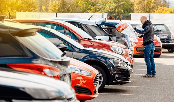 Los «rent a car» de Baleval piden al próximo Govern un registro de empresas de alquiler