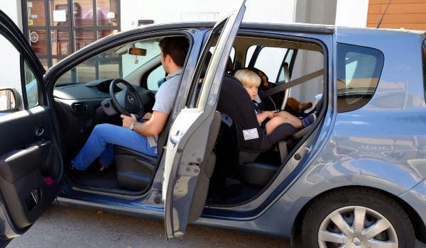 Consejos para los viajes largos en coche con niños