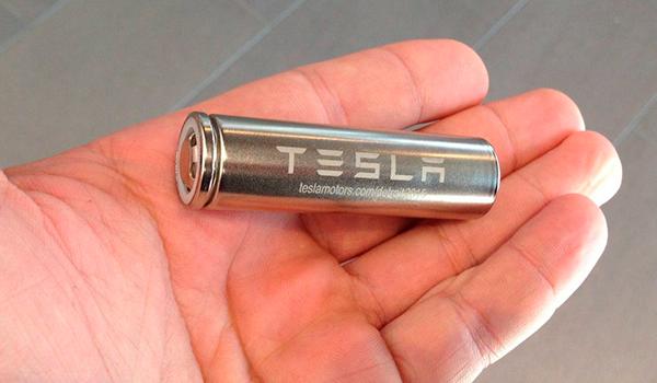 Tesla patenta unas nuevas baterías más baratas, más duraderas y con un mejor rendimiento