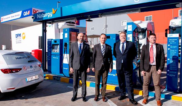 Disfrimur y Naturgy inauguran la primera gasinera pública dual de GNC y GNL de la Región de Murcia