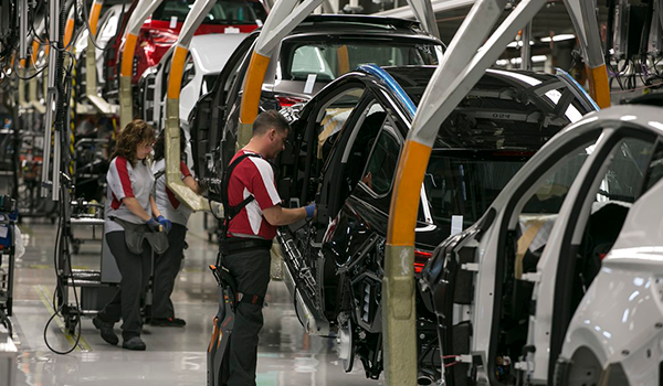 ¿Amenaza el coche eléctrico al sector automovilístico europeo?