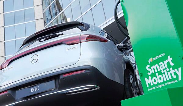 Iberdrola y Mercedes-Benz unen fuerzas para impulsar la movilidad sostenible en España
