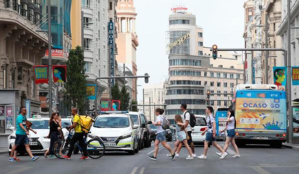 Madrid ya contempla restricciones a la movilidad por el coronavirus