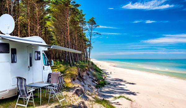 En caravana, el turismo que va a triunfar este verano. ¿Te lo habrías planteado?