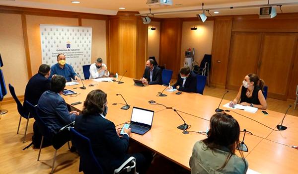 Canarias amplía de 5 a 15 años el plazo para electrificar la flota de RAC en su borrador de Ley de Cambio Climático