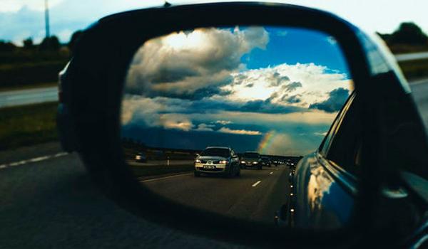 Espejos retrovisores: el truco de la Guardia Civil para saber si los llevas bien puestos y evitar que te multen