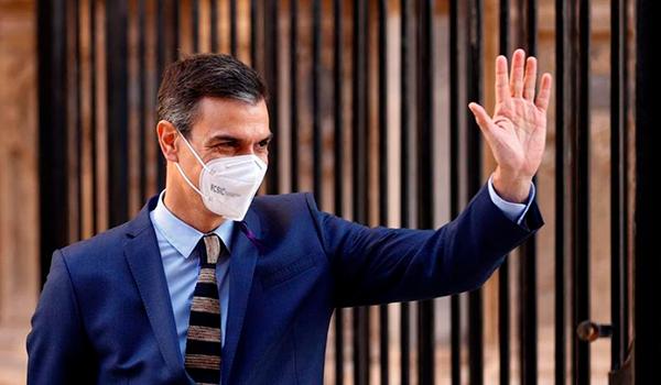 Pedro Sánchez anima a los turistas a visitar Canarias como destino seguro ante el Coronavirus